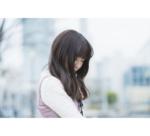 ショックを受けるOL_instagram